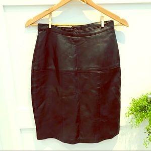 🇨🇦 VINTAGE 80's leather skirt